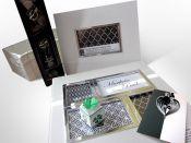Svatební dar - kreativní fotoalbum, fotorámeček, přání, víno, čtyřlístek