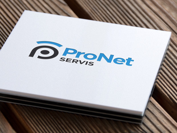 Aplikace loga ProNet Servis na vizitce